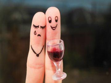 spotyka się z mężczyzną z byłą żoną alkoholika zatrzymać randki seryjne
